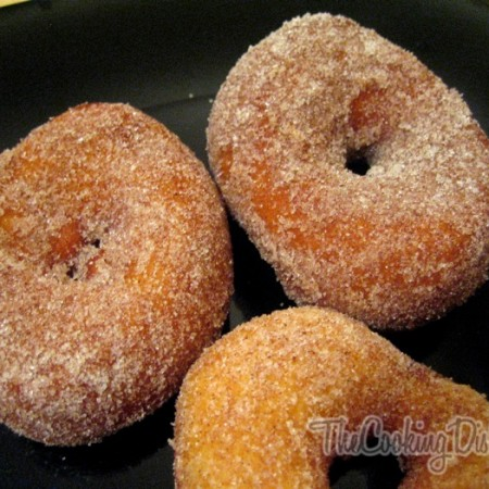 How-to-Make-Donuts-The-Cooking-Dish-Chris-Mower-017