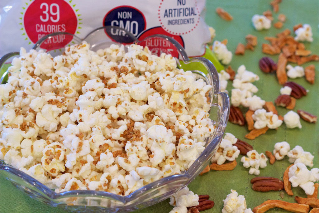SkinnyPop Popcorn with Savory Ingredients